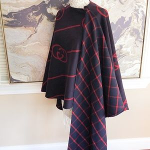 In Stores Gucci GG Windowpaine Wool Cape Poncho